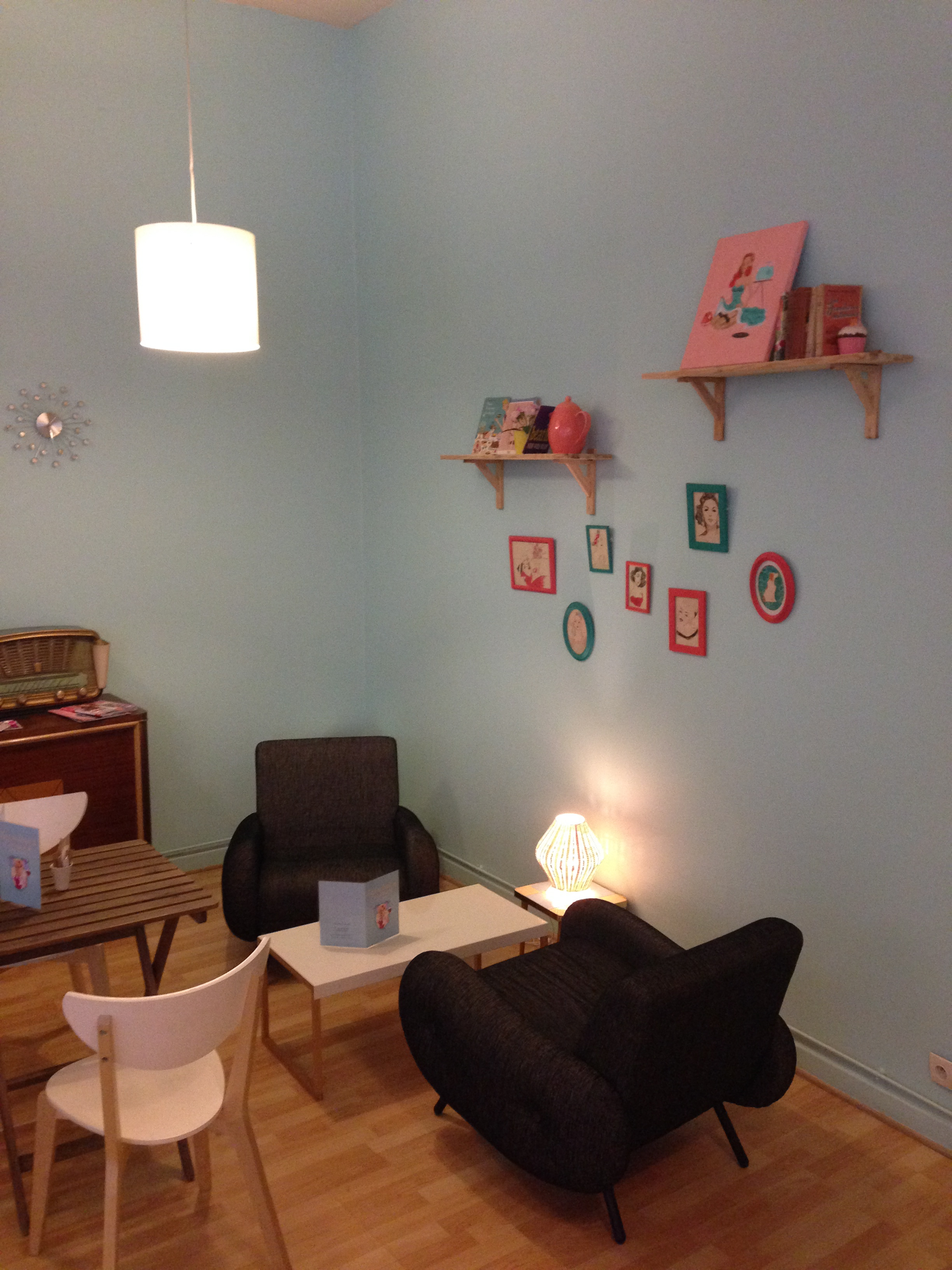 Laureline's corner salon 2