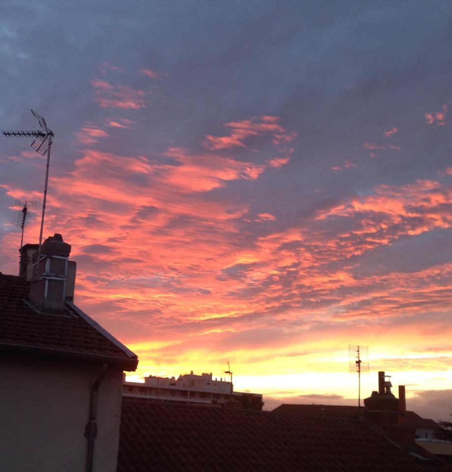 pink sky lyonnais