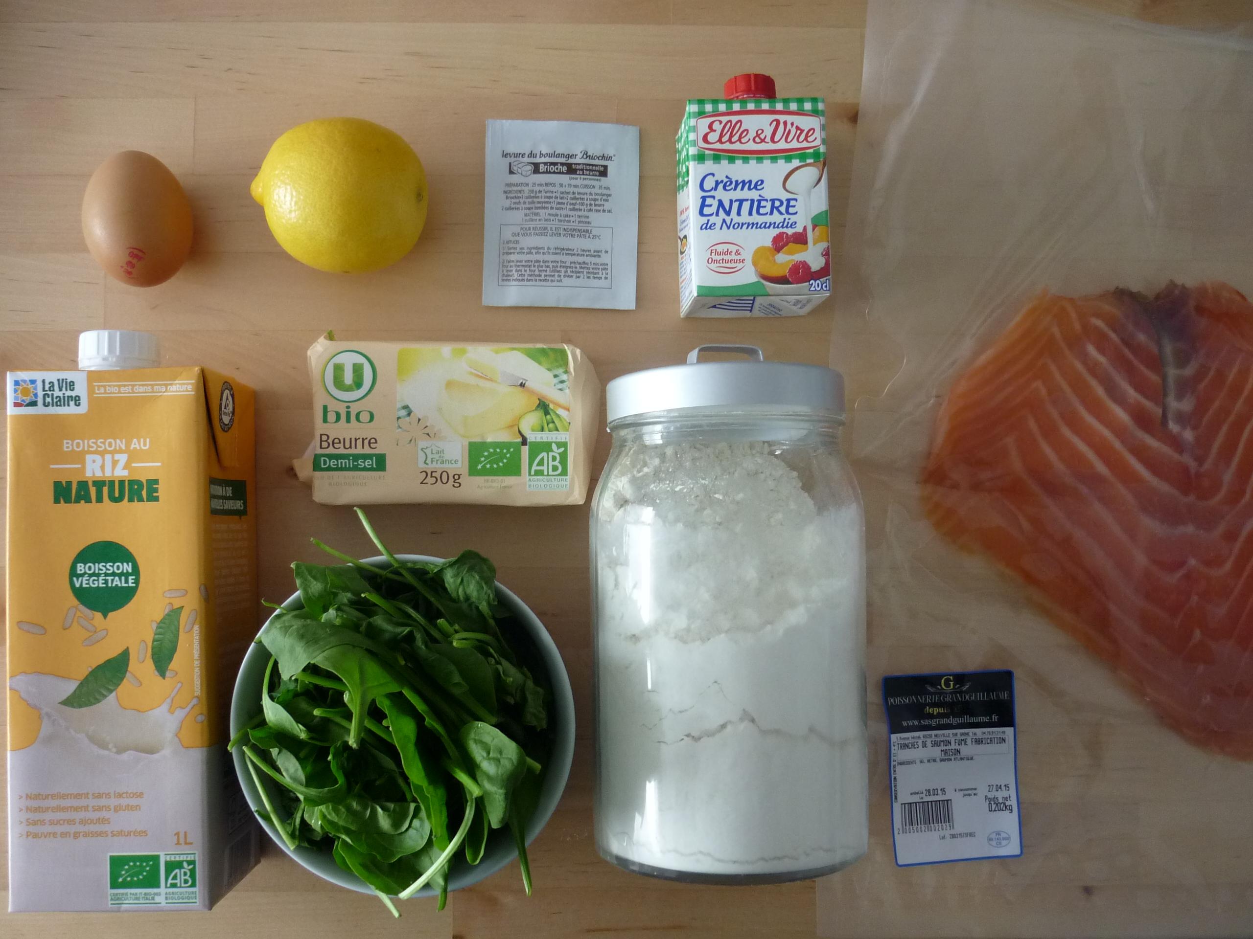 Ingrédients blinis aux pousses d'épinards